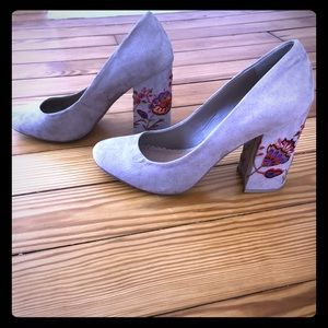 Floral embroidered block heels - size 9.5